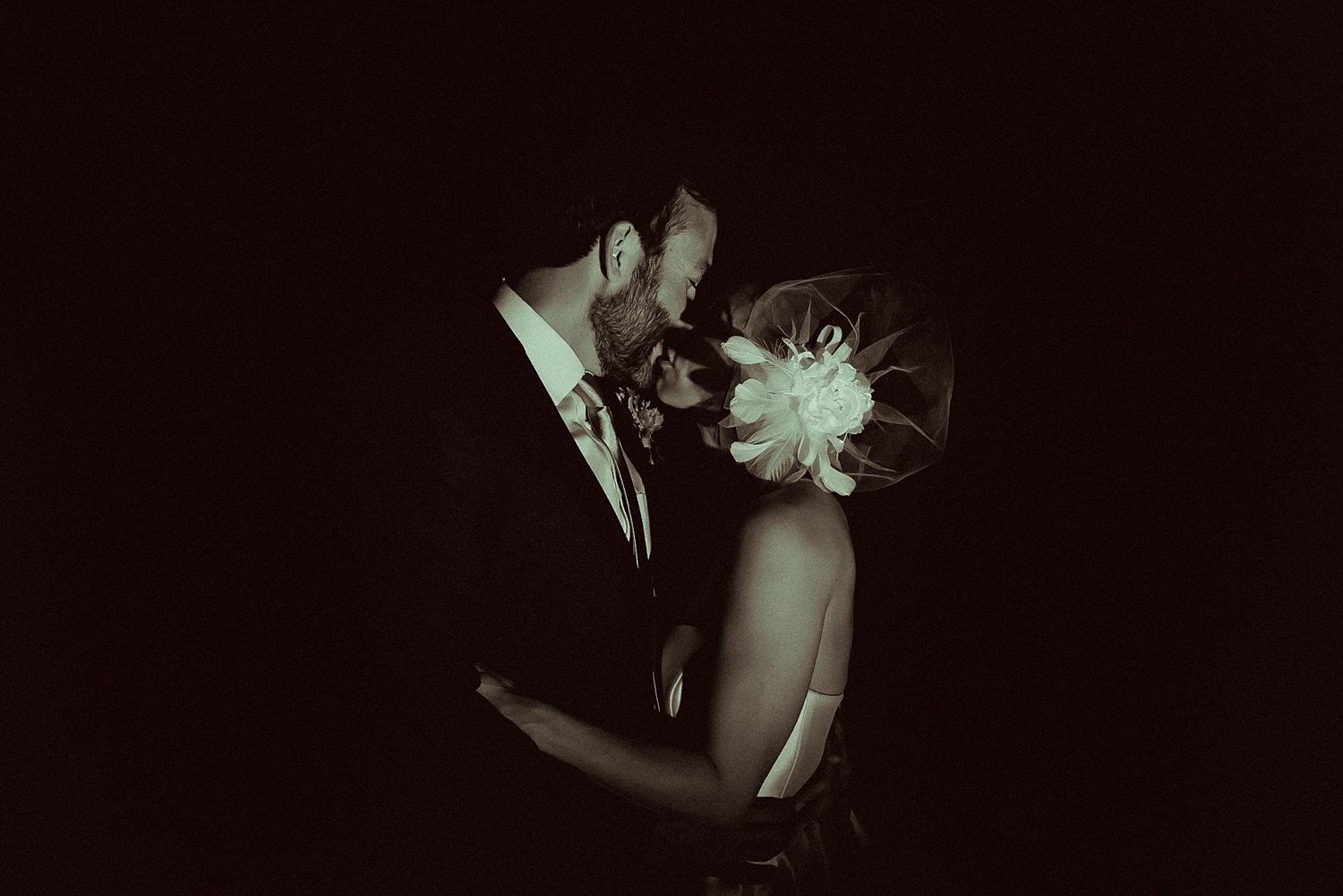 Night Wedding Photos | Black and White wedding photos